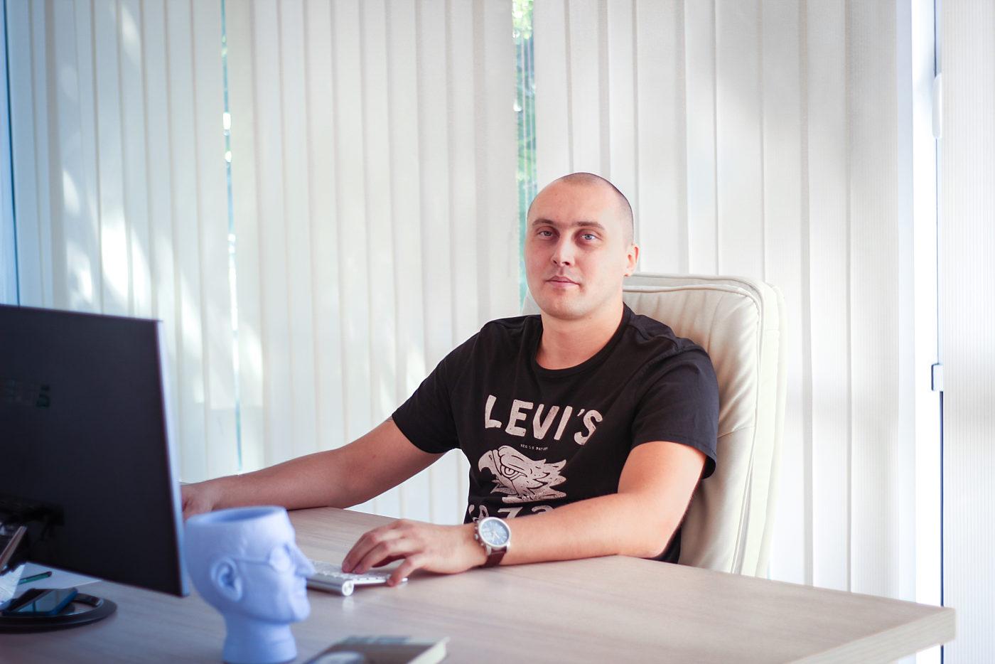 Интервью: Василий Иванов: «Выбирайте то дело, которое нравится. Если бы я когда-то поступил иначе, я бы так и остался рядовым сотрудником»