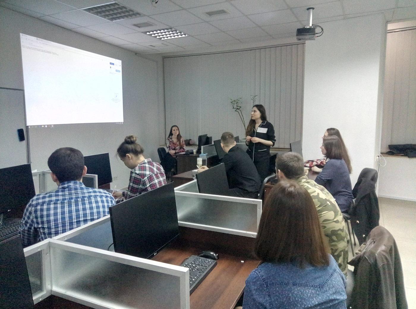 Новости школы: Лекго ли быть дизайнером? Защита проектов Студентов курса UI Design в Днепре.