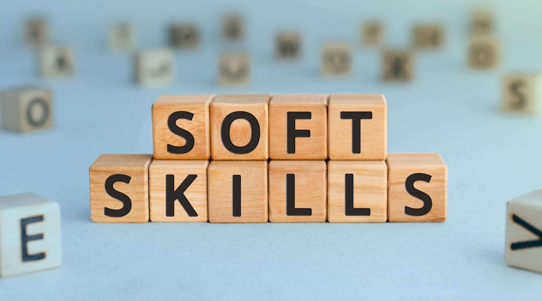 Какие soft skills критически важны в тестировании и почему