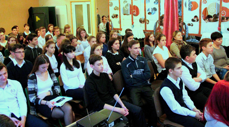 Юрий Монастыршин рассказал ученикам г. Южного, как математика помогла ему создать успешный стартап