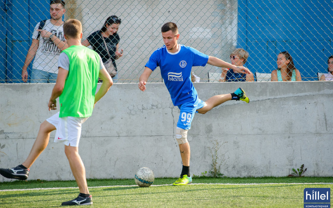 Новости школы: Футбольный выходной. Товарищеский матч в Днепре. фото 1