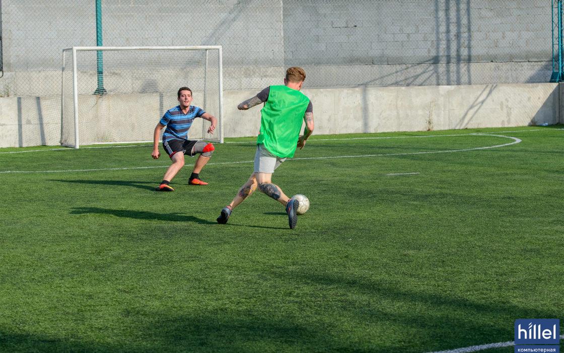 Новости школы: Футбольный выходной. Товарищеский матч в Днепре. фото 2
