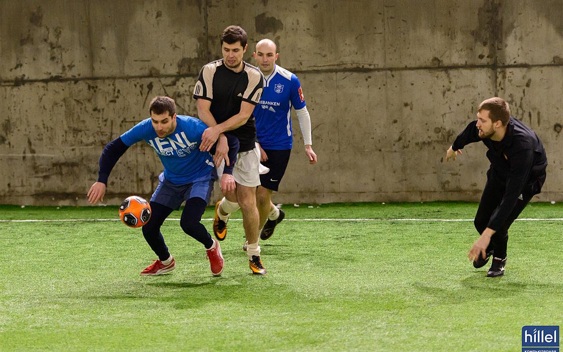 Новости школы: Спортивная суббота. Товарищеский футбольный матч в Днепре.  фото 3