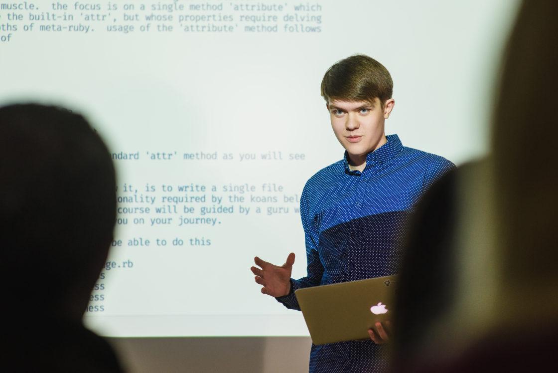 Интервью: Владимир Воробьев: «Если технологии и разработка — ваше призвание, станьте настоящими профессионалами в этой сфере». Молодые разработчики осваивают профессию «программист» на базе RubyGarage