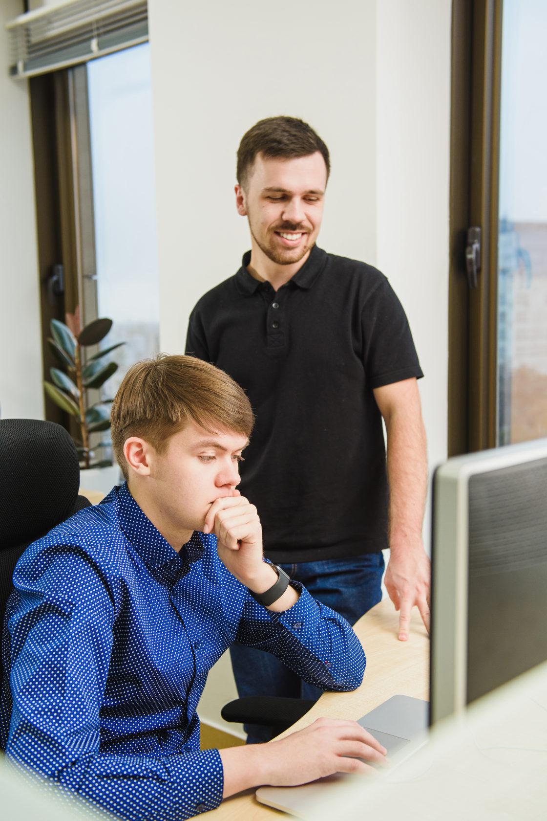 Интервью: Владимир Воробьев: «Если технологии и разработка — ваше призвание, станьте настоящими профессионалами в этой сфере». Рабочий процесс в компании