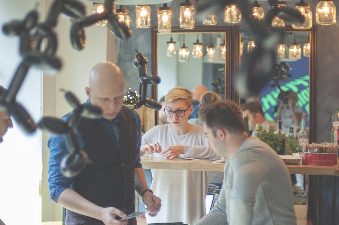 інтерв'ю:Сергій Валюх: «Не вірте дизайнерам, які не вміють малювати». Робочий процес