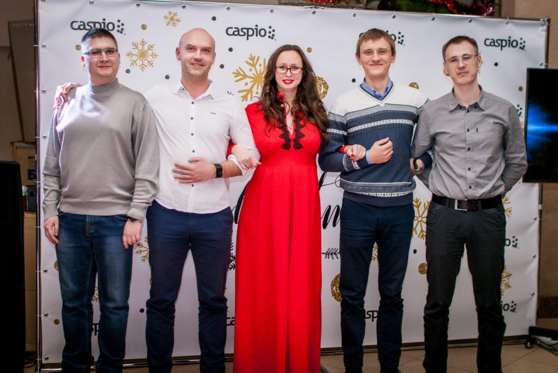 Интервью: Оксана Громова: «Украинские IT-специалисты могут стать не просто исполнителями». Оксана Громова со своими коллегами