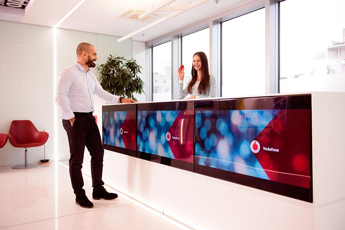 інтерв'ю:Лідер Big Data Team Vodafone Володимир Рибалко: «Ми першими з операторів створили Big Data Lab — майданчик для вивчення великих даних». Аналітика великих даних стає для нас одним з дуже привабливих і перспективних напрямків бізнесу