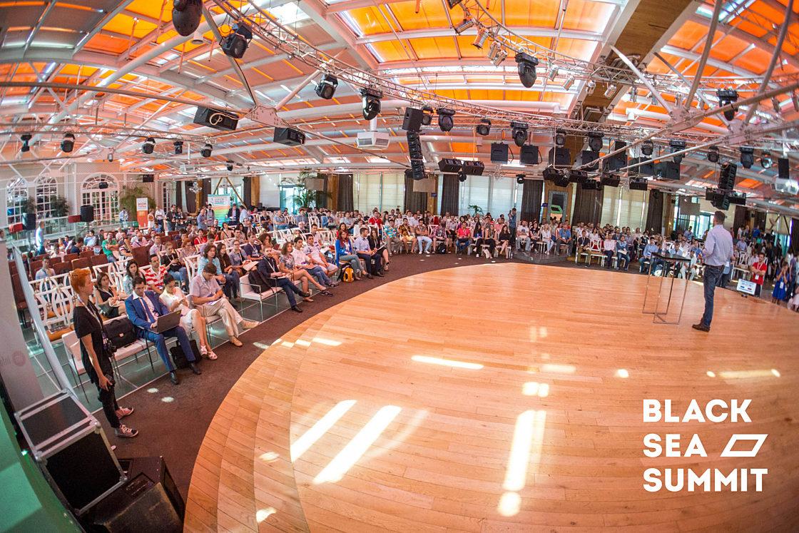 Новости школы: На инновационной ноте. Рекорды конференции Black Sea SummIT 2016. Гости конференции Black Sea SummIT 2016