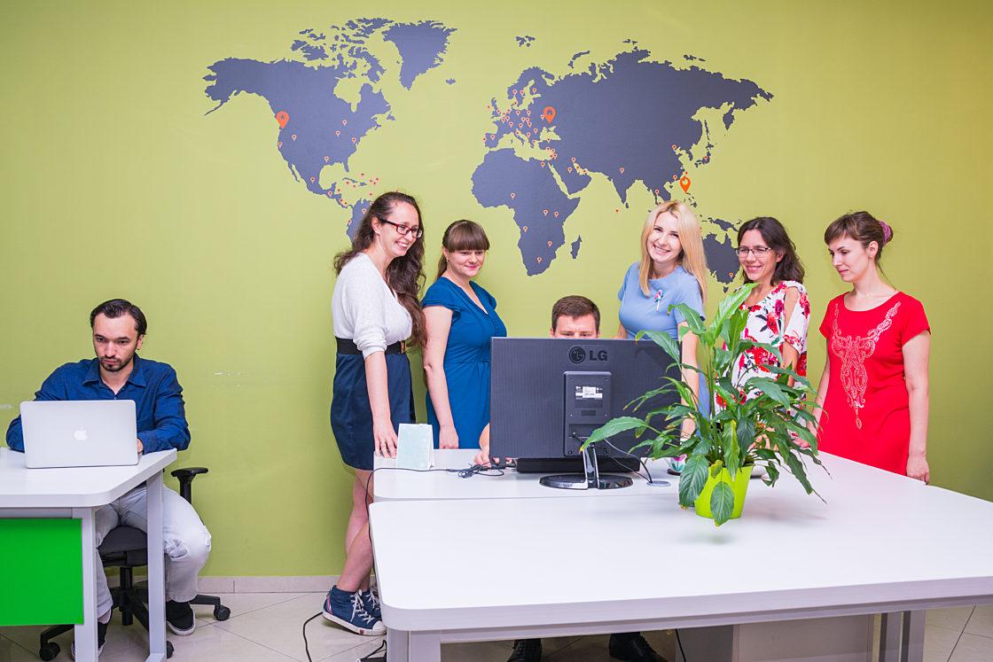 Интервью: Оксана Громова: «Украинские IT-специалисты могут стать не просто исполнителями». Рабочая обстановка в офисе