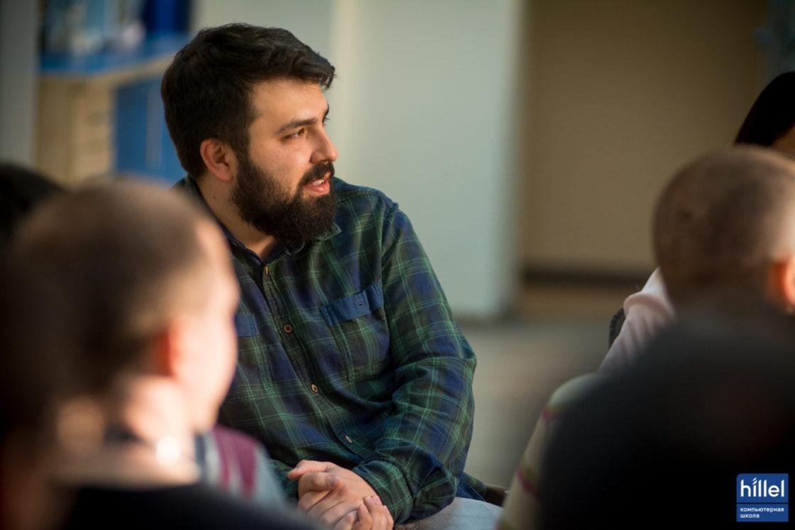 Новости школы: «Моя первая работа в IT». Юрий Федоренко, Front-End Developer в DataArt
