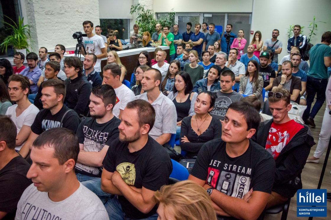 Новости школы: Презентация рабочих прототипов проектов в рамках второго цикла программы Hillel Evo в Одессе. Оценить проекты собрался полный зал зрителей