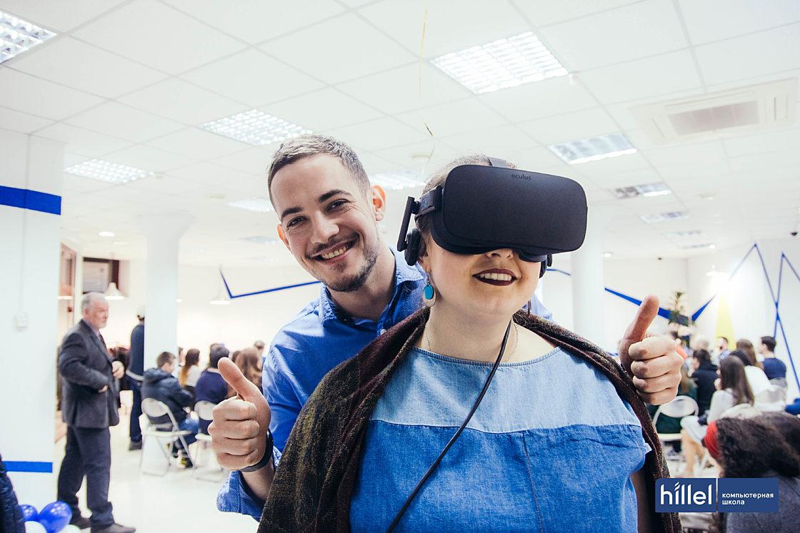 Новости школы: Компьютерная школа Hillel теперь и в Харькове. Oculus — любимое развлечение гостей мероприятия