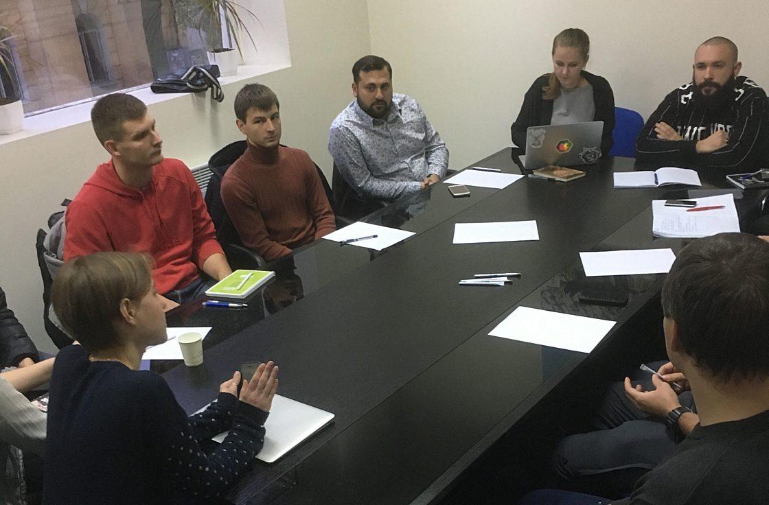 Новости школы: Презентация рабочих прототипов проектов в рамках программы Hillel Evo. Брейншторм команды Zorro