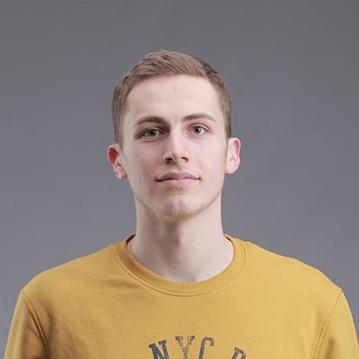 Илья Смолий