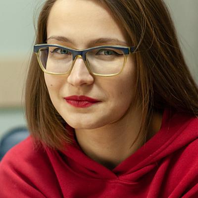 Алеся Попова