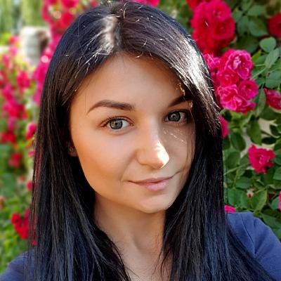 Олена Синянська
