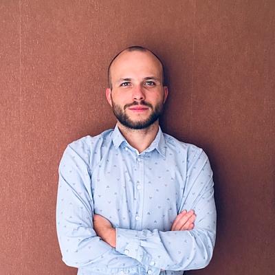 Вячеслав Сахаров