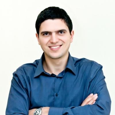 Павел Сахацкий