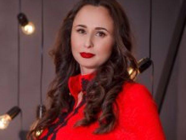 Оксана Громова