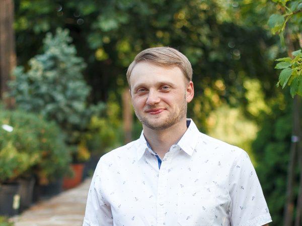 Микола Закапко