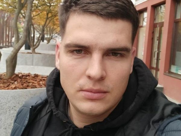 Антон Гаращенко