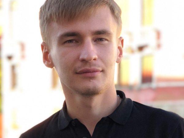 Виктор Левченко